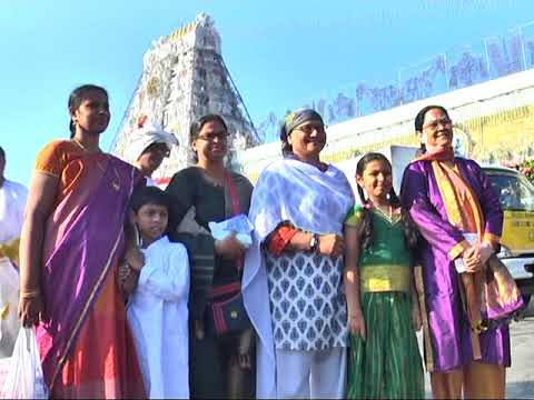 Women India Cricket Team Coach Purnima Rau Visits Tirumala Tirupati Temple
