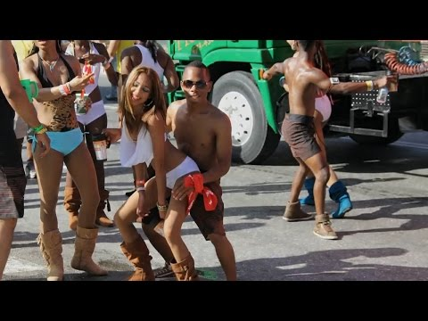 carnival - My video and photos of another great carnival in Trinidad. Soca music taken from various CDs I have bought over the carnival period. Videos taken from Machel...
