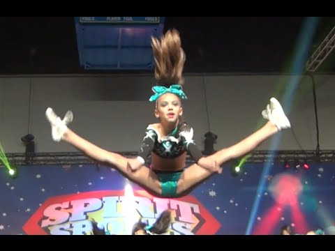 Cheer Extreme Glitter Penguins Level 3 BATB 2015 (видео)