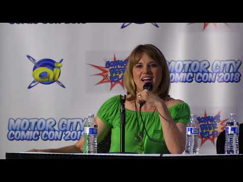 Lucy Lawless - MotorCity Comic Con 2018