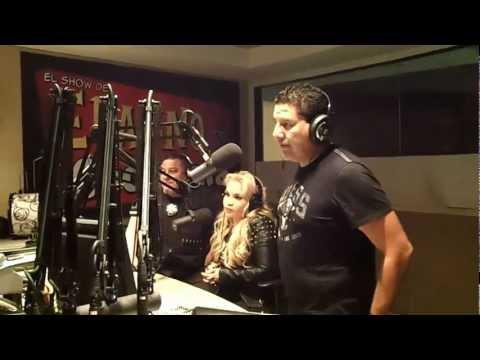 Erazno y La Chokolata entrevistando a FUGITIVOS DE LA LEY solo por mun2 -