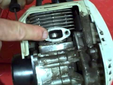 Small Engine Repair: Cleaning Carbon Buildup on the Exhaust Port & Muffler on a 2 Stroke Engine