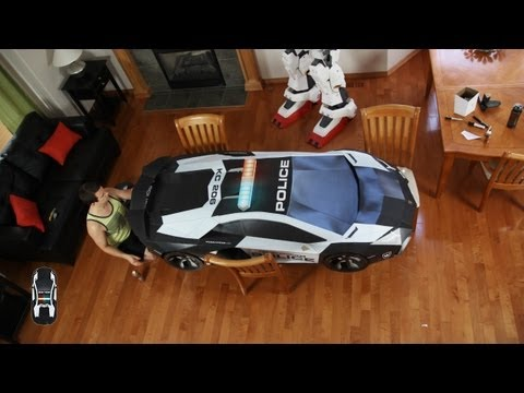 Building World's Largest Paper Lamborghini Aventador Using Paper And Cardboard
