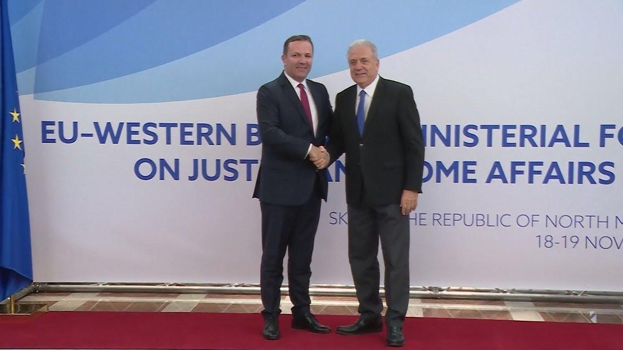 Στα Σκόπια ο Δ. Αβραμόπουλος για τη Σύνοδο Υπουργών Εσωτερικών ΕΕ-Δυτικών Βαλκανίων