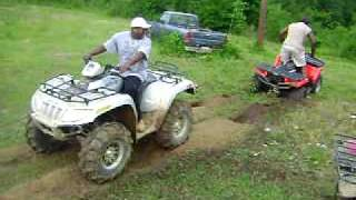 5. arctic cat 700 efi vs polaris 800 twin