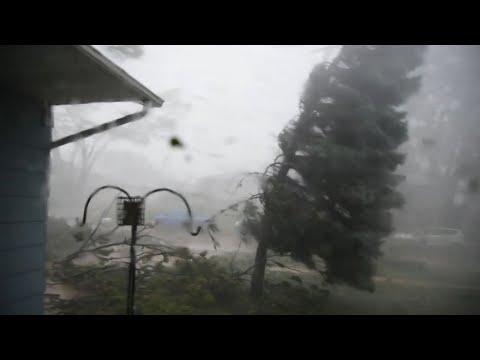 Tak burza w ciągu 30 minut sieje spustoszenie