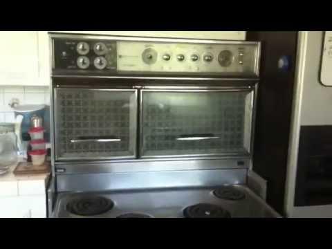 1960 Flair electric vintage stove.