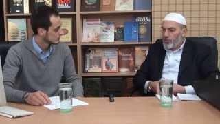 1. Pyetje dhe Përgjigje - Hoxhë Enver Azizi