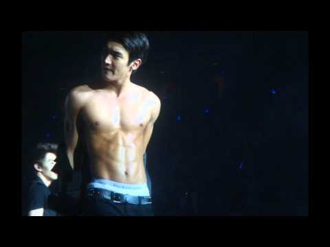 SIWON - Well, making this video made me realize something very important: Siwon shouldn't wear clothes--I mean, shirts--I mean, he looks good in everything...or noth...