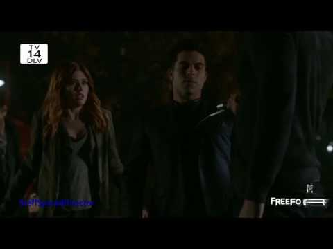 Shadowhunters 2x10 ~ Raphael attacks Magnus and Clary. Simon suffers