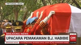 Video Pemakaman Presiden RI ke 3 BJ Habibie Dipimpin Presiden Jokowi MP3, 3GP, MP4, WEBM, AVI, FLV September 2019