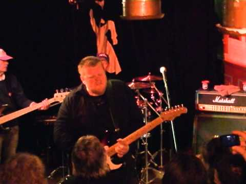 Danny Bryant RedEyeBand { Always With Me }live in cafe Koster in Groningen(NL)