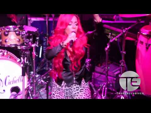 Video K. Michelle Goes Off On Stage