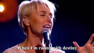 Video Dana Winner - One Moment In Time - live [Lyrics] HD  | Liefde Voor Muziek | VTM MP3, 3GP, MP4, WEBM, AVI, FLV November 2018