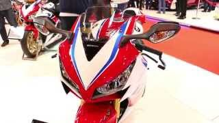 9. 2016 Honda CBR1000RR eC-ABS 'TT' Edition Akrapovic Exhaust Walkaround @ Motorcycle Live 2015