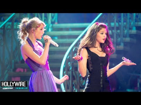 rapping - Taylor Swift Beatboxing Vs. Selena Gomez Rapping Subscribe to Hollywire | http://bit.ly/Sub2HotMinute Send Chelsea a Tweet! | http://bit.ly/TweetChelsea Foll...