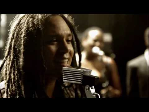 """Dellé (Seeed): """"Power Of Love"""" (official Video)"""