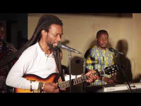 Beautiful Nubia - Live at EniObanke - Irinajo