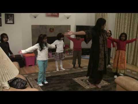 Video Aware-Bhavre_DancePracticeVideo download in MP3, 3GP, MP4, WEBM, AVI, FLV January 2017