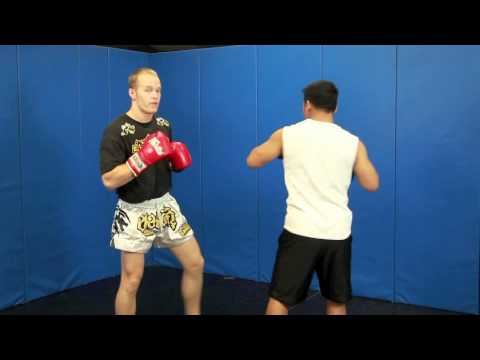 Learn How To Bob and Weave in Boxing
