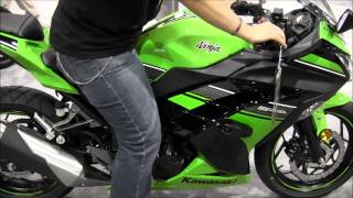 8. 2013 Kawasaki Ninja 300 Special Edition Review & Walk Around Canon Vixia HF M40 Video Test