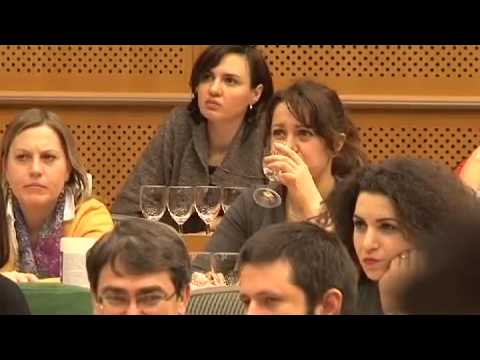 Water-tasting at the European Parliament: brought to you by FEVE