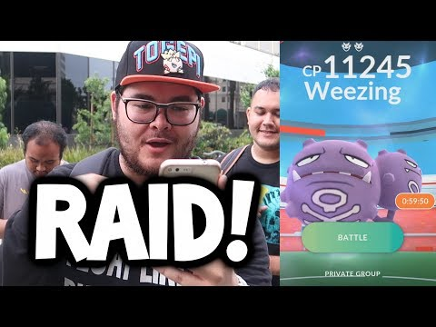 FIRST EVER RAID IN POKEMON GO! (EPIC RAID BOSS GAMEPLAY IN POKEMON GO!)