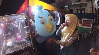 Video Indonesia Jakarta Street Food 976 Bandung 30 Part.1 Angry Bird Cotton Candy Gulali 5823 MP3, 3GP, MP4, WEBM, AVI, FLV Januari 2019
