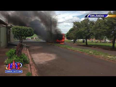 Ônibus é destruído por incêndio em Orlândia - Jornal da Clube 2ª Edição (03/04/2017)
