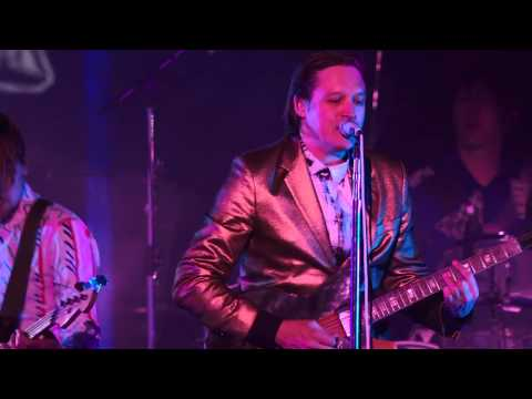 [HQ] Arcade Fire - You Already Know live from Capitol Studios. October 29, 2013.
