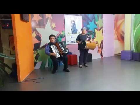 Sanfoneiro Mantovani e Cleusa Coppola TV Cinec música Quarto Centenário Mário Zan