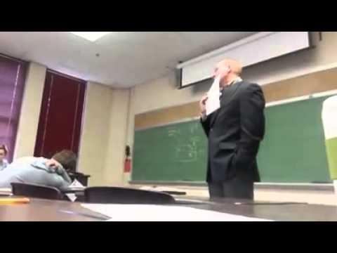 相信這位教授一輩子都不會忘記這個逆襲愚人節