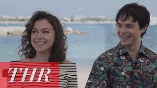 Nonton Live From Cannes: Tatiana Maslany and Dane DeHaan Talk 'Two Lovers and a Bear' Film Subtitle Indonesia Streaming Movie Download