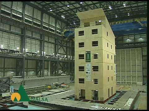 edificio di 7 piani in legno che resiste ad un sism di magnitudo 7,2