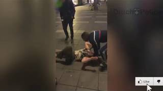 Holenderski policjant nokautuje blondynkę, która zaatakowała go podczas interwencji!