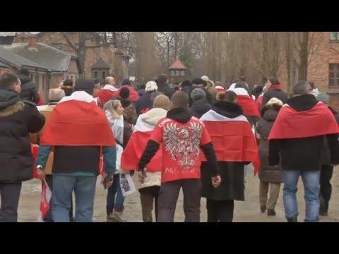 Polen: Polnische Rechtsradikale protestieren vor ehemalig ...