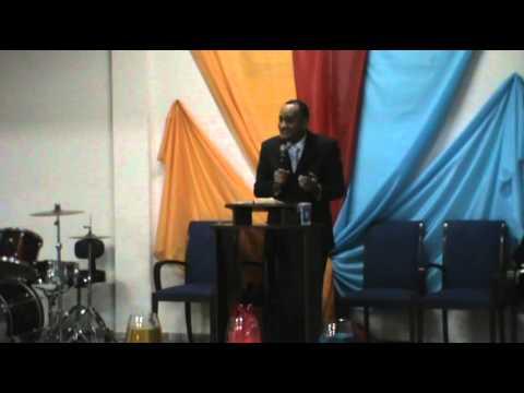 Comunidade União Cristã - Pregação - VIII Congresso de Mulheres At 2 Presb Divanil
