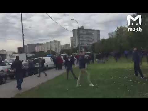 """Разгон мигрантов у ТЦ """"Москва"""""""