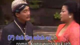 Download lagu Waldjinah Andhe Andhe Lumut Mp3
