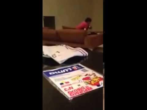 فيديو مسرب لمارادونا يضرب صديقته في المنزل