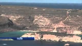 Вертолеты ищут жертв кораблекрушения у берегов Ламп...