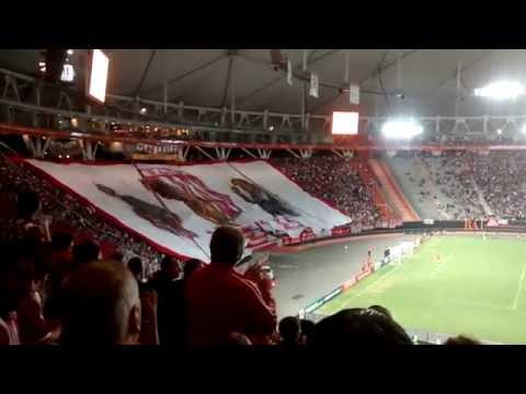 Hinchada | Recibimiento / Estudiantes 0-1 Atl. Nacional | Copa Libertadores 2015 - Los Leales - Estudiantes de La Plata