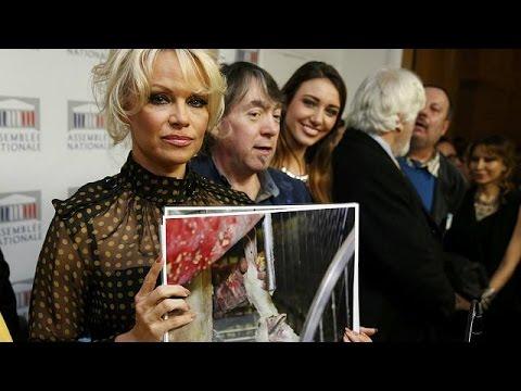 Γαλλία: Πάμελα Άντερσον εναντίον φουά γκρα