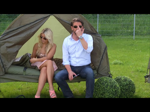 Im Schlafsack mit Katie Steiner!!!! - Semptec 4in1-Zelt inkl. Schlafsack, Matratze & Campingliege
