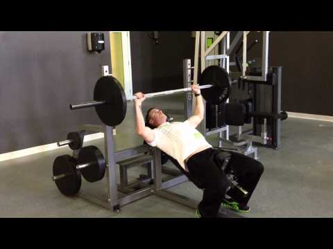 Incline Barbell Bench Press - Medium Grip