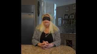- 'Mamá, ponte el antifaz y dime que es lo que suena....'Más vídeos en ► http://www.yonkis.com