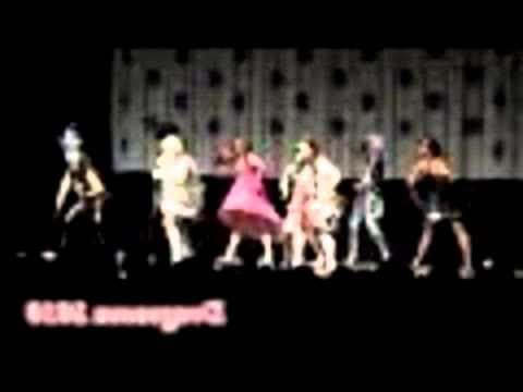 WATCH Glee Bad Romance Lady Ga Ga Dragoncon Masquerade 2010 (Part 1)