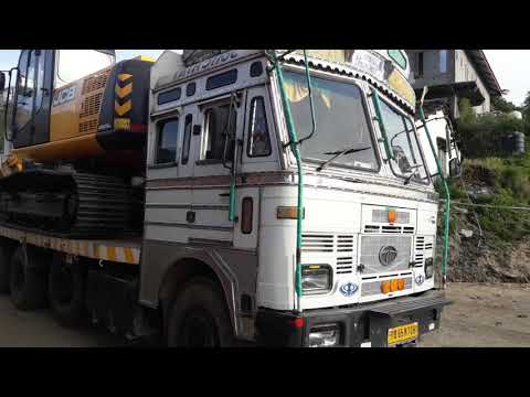 Amazing Video:-Volvo Excavator Unloading  in Truck  By Experience Driver:- Part 1