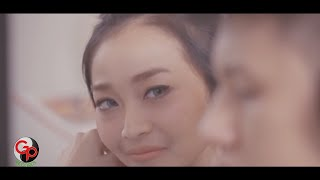 download lagu download musik download mp3 Rinni Wulandari feat Jevin Julian - Buktikan Padaku [Official Music Video]
