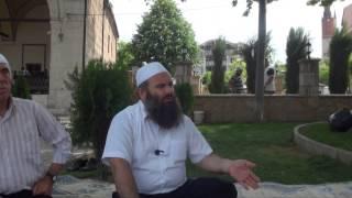 Nuk është fer Burri me shorce gruaja e mbështjellur me mbulesë, thonë disa - Hoxhë Bekir Halimi